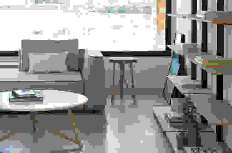 Salon moderne par Conexo. Moderne Métal