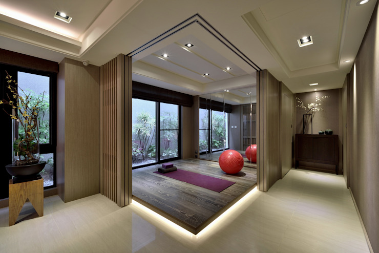 Eclectic style gym by POSAMO十邑設計 Eclectic