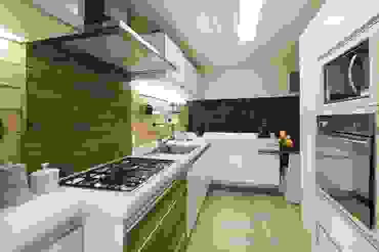 Daniela Tolotti Arquitetura e Design Cucina in stile rustico