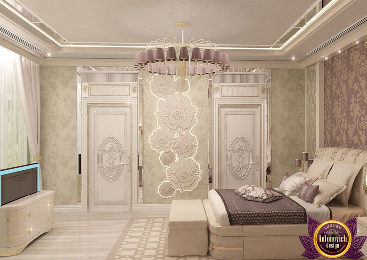  Stylish interiors bedrooms from Katrina Antonovich Eclectic style bedroom by Luxury Antonovich Design Eclectic