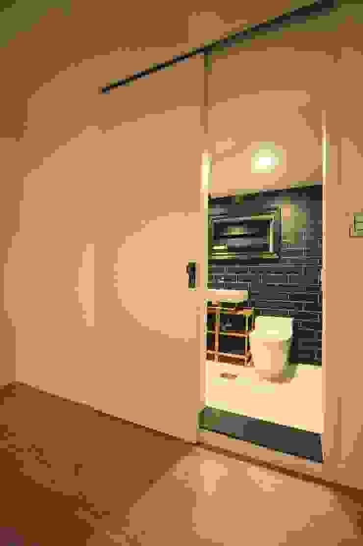 부천 중동 사랑마을/보람마을 모던스타일 욕실 by Old & New Interior 모던