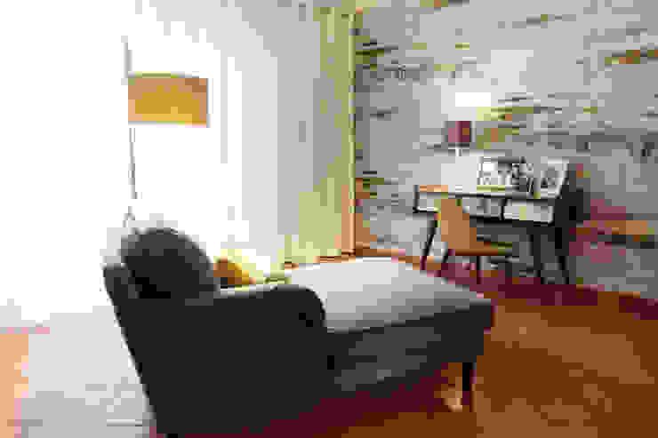Mediterranean style living room by maria inês home style Mediterranean