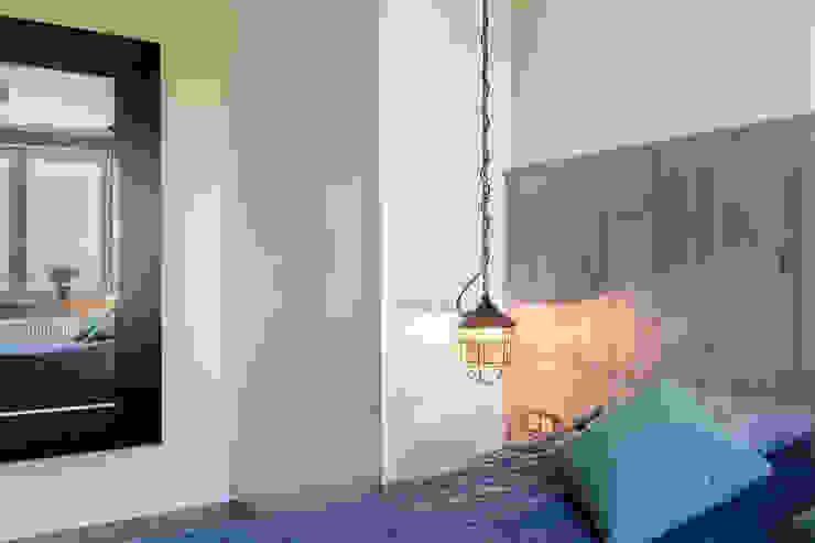 Kameleon - Kreatywne Studio Projektowania Wnętrz Eclectic style bedroom