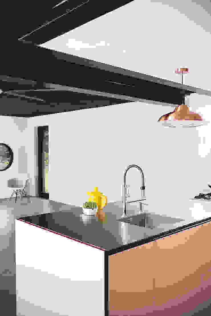 by hysenbergh GmbH | Raumkonzepte Duesseldorf Modern