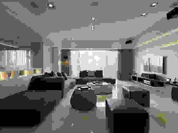Гостиная в стиле модерн от 倍果設計有限公司 Модерн