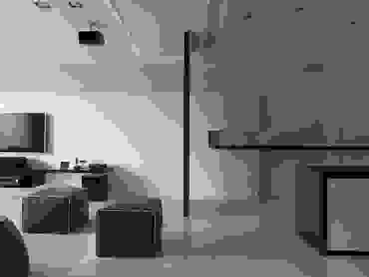 Коридор, прихожая и лестница в модерн стиле от 倍果設計有限公司 Модерн