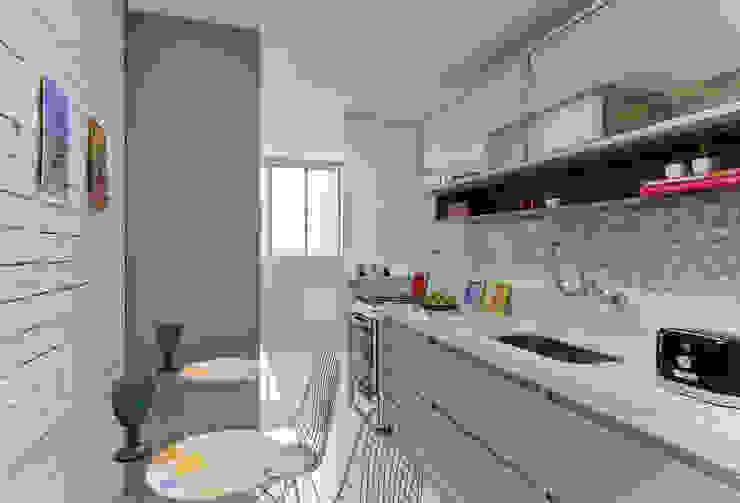 COZINHA Cozinhas modernas por GRUPO AE - ARQUITETURA+ENGENHARIA Moderno
