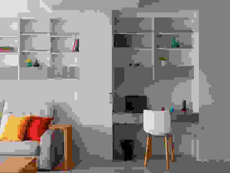 Ruang Studi/Kantor Gaya Skandinavia Oleh 倍果設計有限公司 Skandinavia