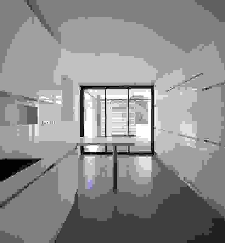 RRJ Arquitectos Nowoczesna kuchnia