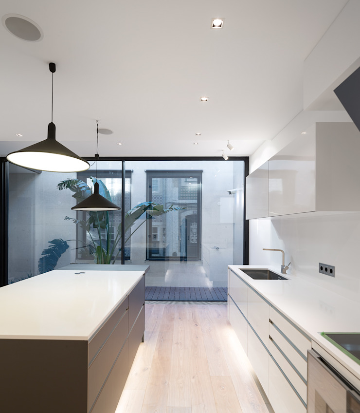 RRJ Arquitectos Modern style kitchen