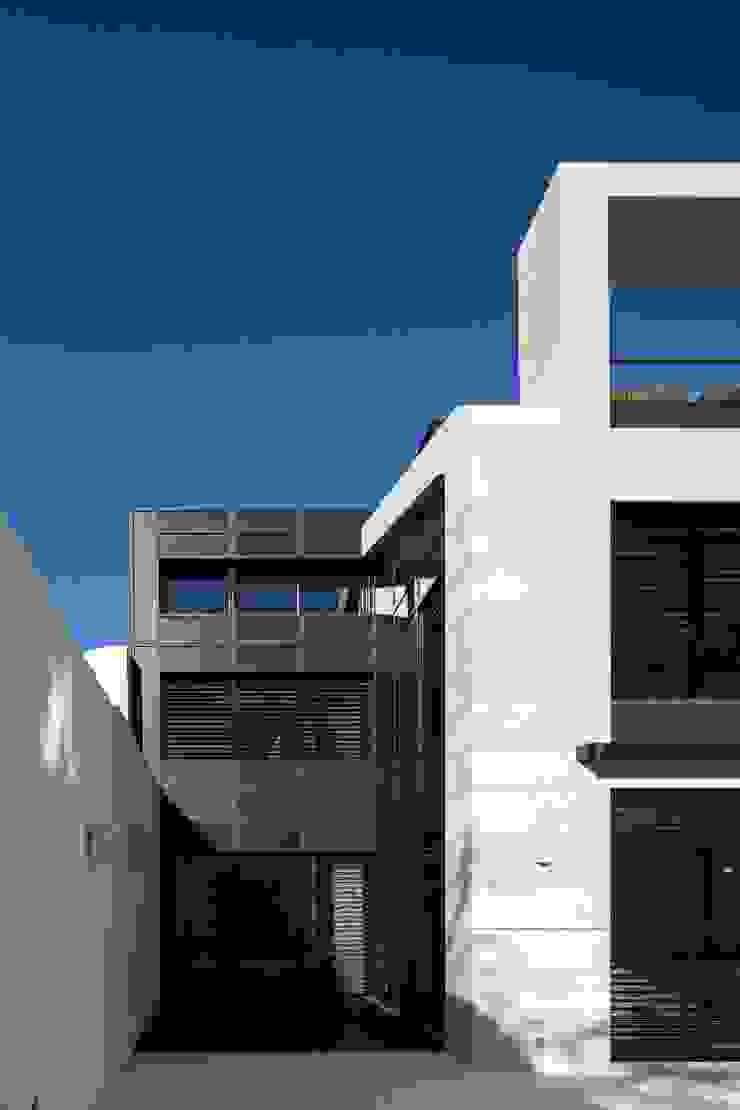 RRJ Arquitectos Modern houses