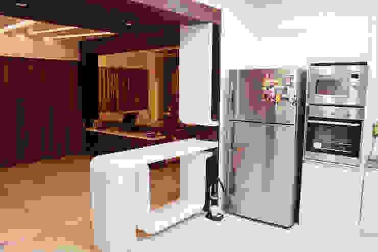 Interiors Modern kitchen by Galaxy infra interior design consultants pvt.ltd Modern