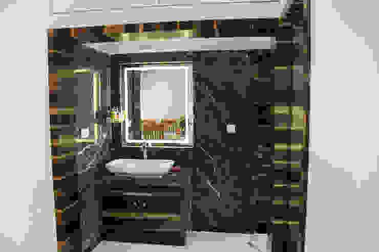 Interiors Modern bathroom by Galaxy infra interior design consultants pvt.ltd Modern