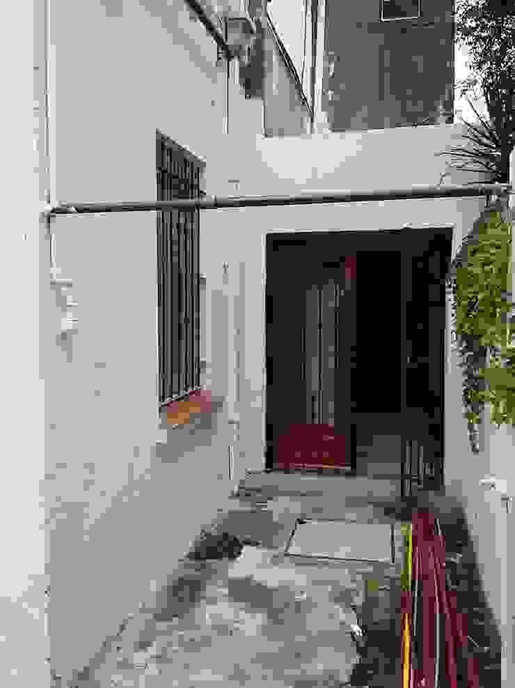Eclectic style houses by AUREA Estudio de Diseño Eclectic