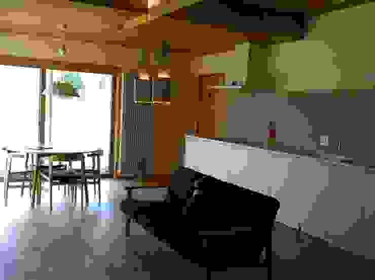 villa azumino わたしの家 北欧デザインの キッチン の アトリエ・アースワーク 北欧