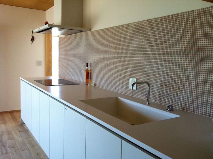 villa azumino わたしの家 北欧デザインの キッチン の アトリエ・アースワーク 北欧 石