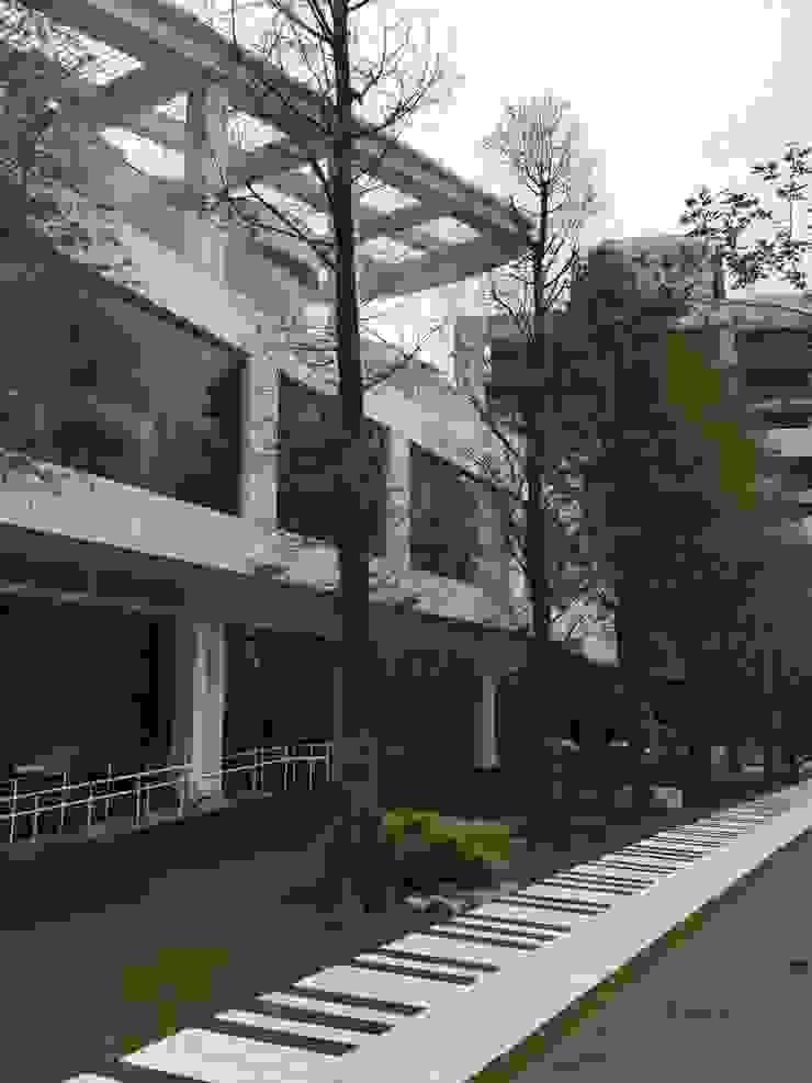 琴鍵大道 根據 植建築 鉅凱建築師事務所/原果室內創研設計 現代風