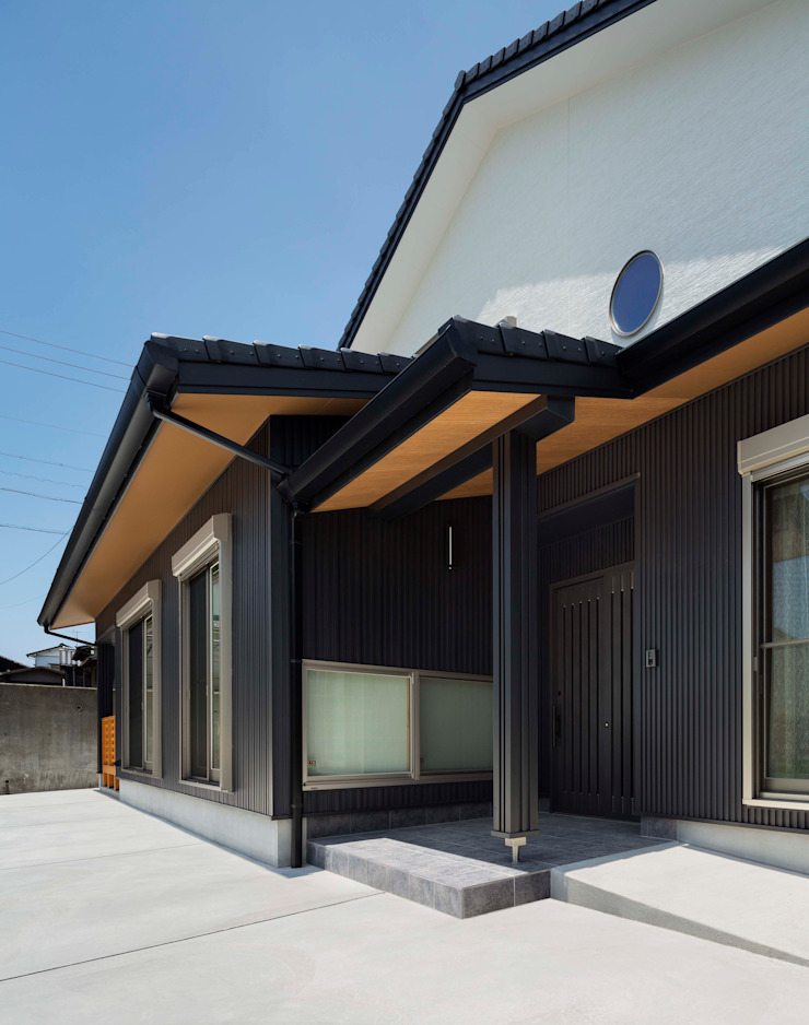 小栗建築設計室 Modern Houses Black