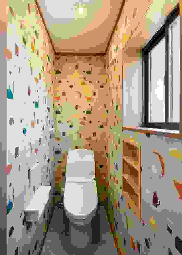 小栗建築設計室 Eclectic style dressing rooms
