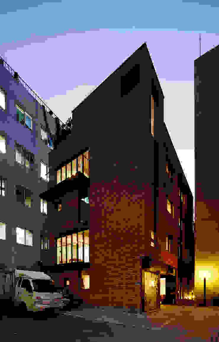원남 206 쉐어하우스 모던스타일 주택 by CoRe architects 모던
