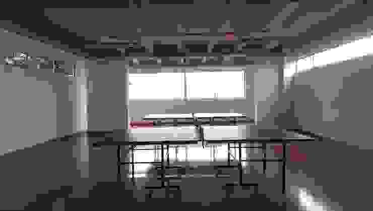Sala de juegos de Lina Rosas Diseño Interior Moderno