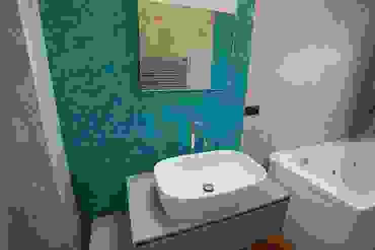 Baños de estilo  por progettAREA interni & design , Ecléctico