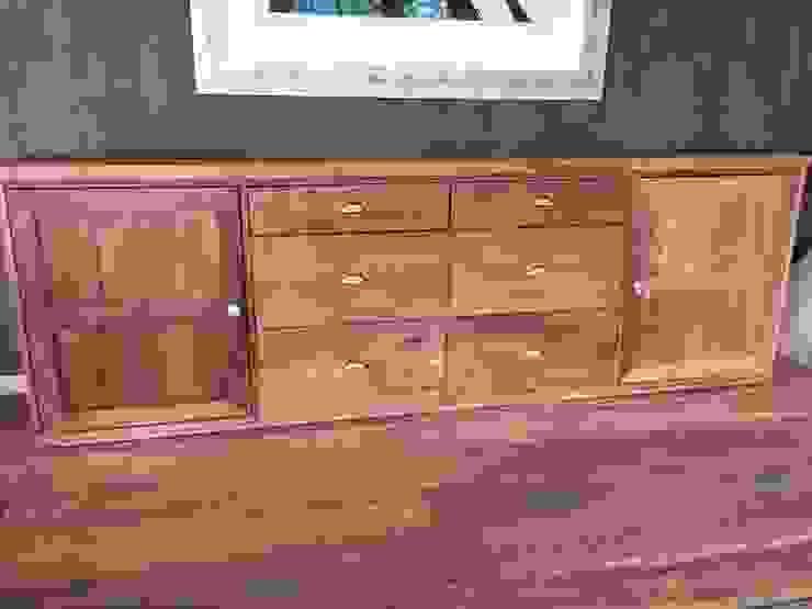 Mueble en madera de demolición de Surdeco Clásico Madera Acabado en madera