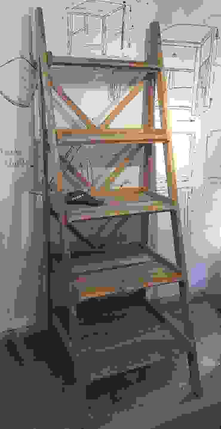 Repisa tipo escalera de Surdeco Rústico Madera Acabado en madera