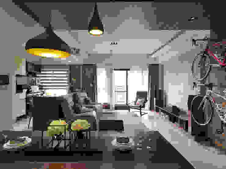 居家空間化身休閒影院 根據 星葉室內裝修有限公司 現代風