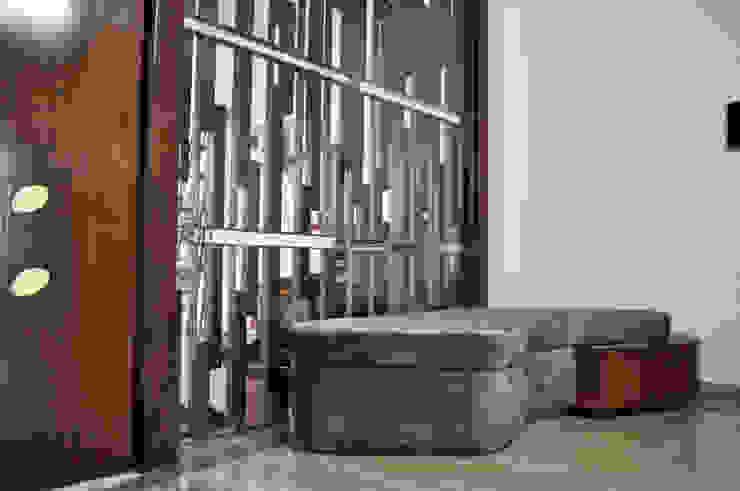 Interior of Nikhil Prajapati Modern corridor, hallway & stairs by Architects at Work Modern