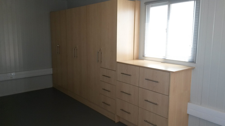 Studies and office cupboards by SCD Group Classic Wood Wood effect