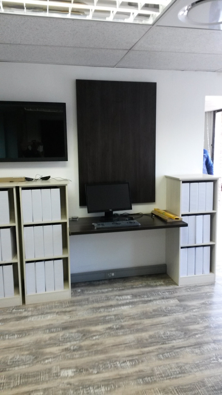 Offices and Studies by SCD Group Classic Wood Wood effect