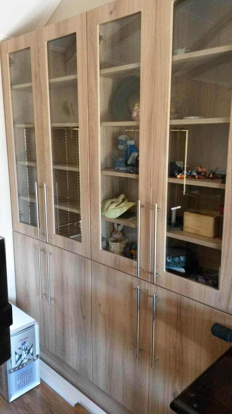 Display cupboard by SCD Group Classic Wood Wood effect