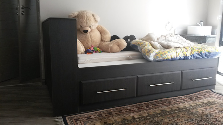 Kids Bed Classic style nursery/kids room by SCD Group Classic Wood Wood effect