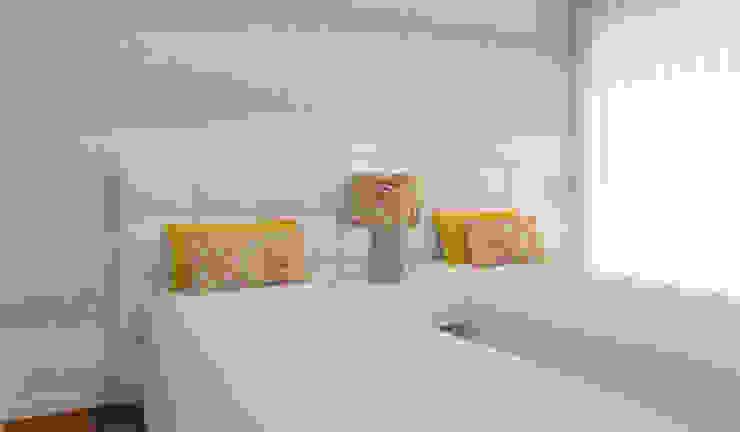 Phòng ngủ phong cách hiện đại bởi Ana Andrade - Design de Interiores Hiện đại