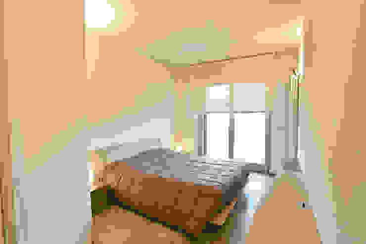 Modern style bedroom by architetto Davide Fornero Modern