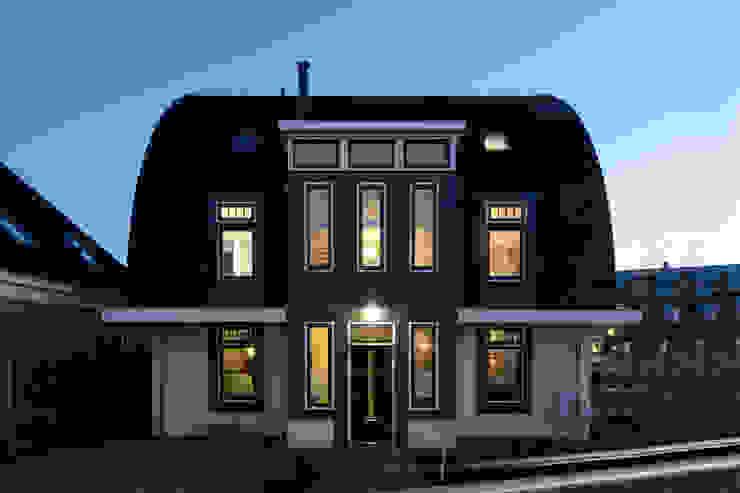 ARK+ Rumah Klasik White