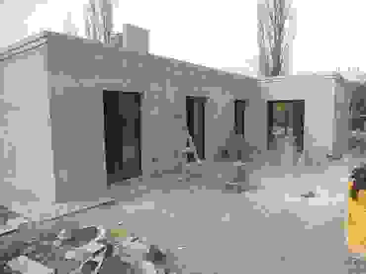 Nhà để xe/nhà kho phong cách Địa Trung Hải bởi Hornero Arquitectura y Diseño Địa Trung Hải Bê tông