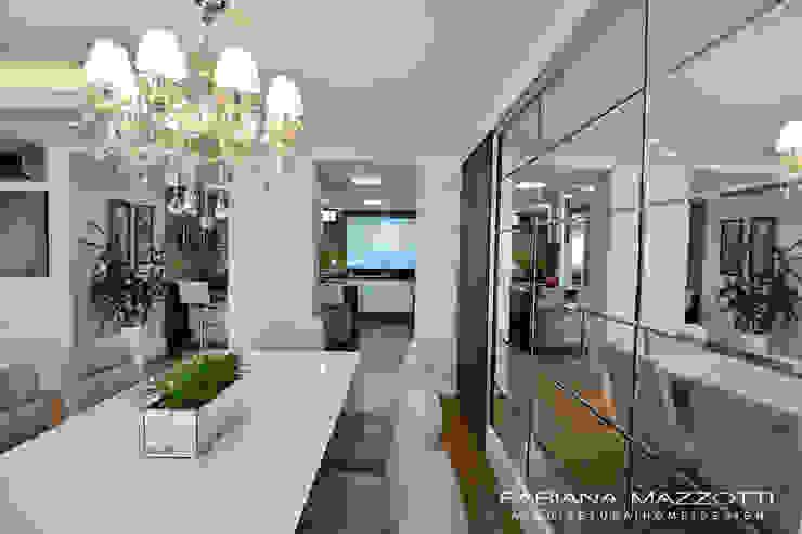 Столовая комната в стиле модерн от Fabiana Mazzotti Arquitetura e Interiores Модерн