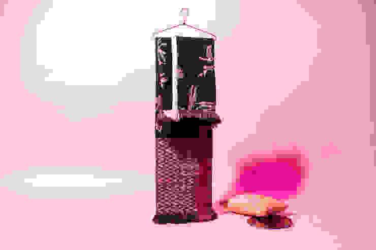 modern  by Roos Soetekouw Design, Modern Wool Orange