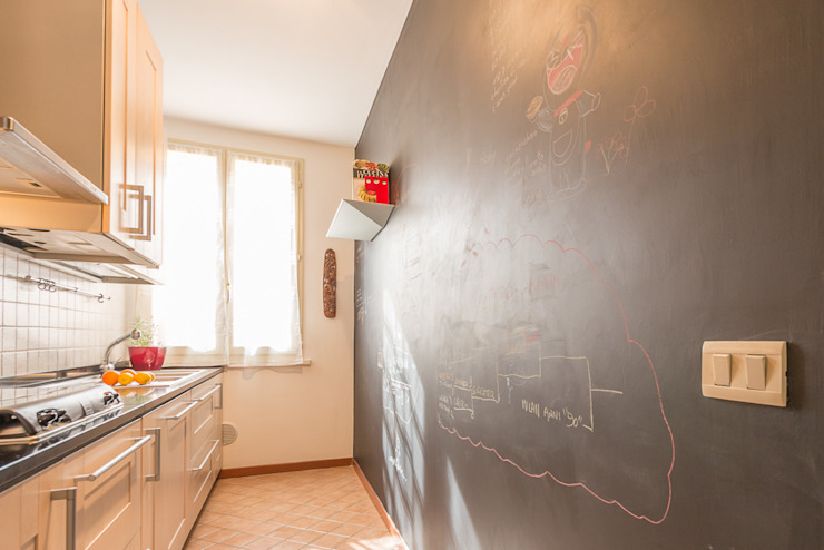 Kitchen by Anna Leone Architetto Home Stager,