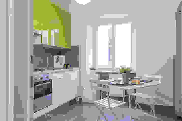 Appartamento BM Cucina moderna di Anna Leone Architetto Home Stager Moderno