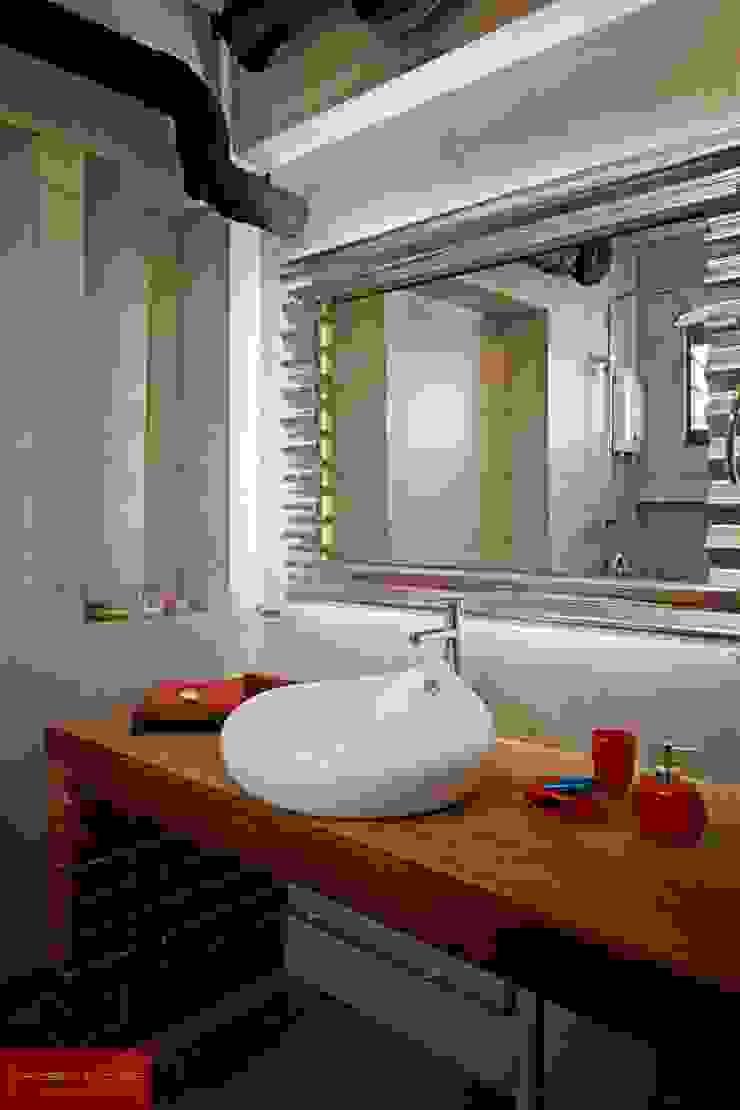 JELAPANG ROAD (BLOCK 502)—Posh Home Minimalist style bathroom by Posh Home Minimalist