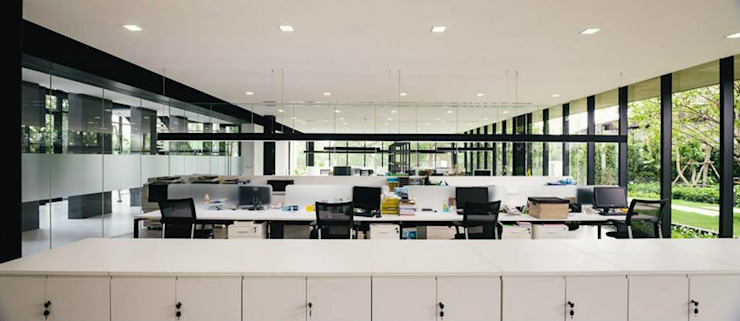 office area โดย Overtimearchitect