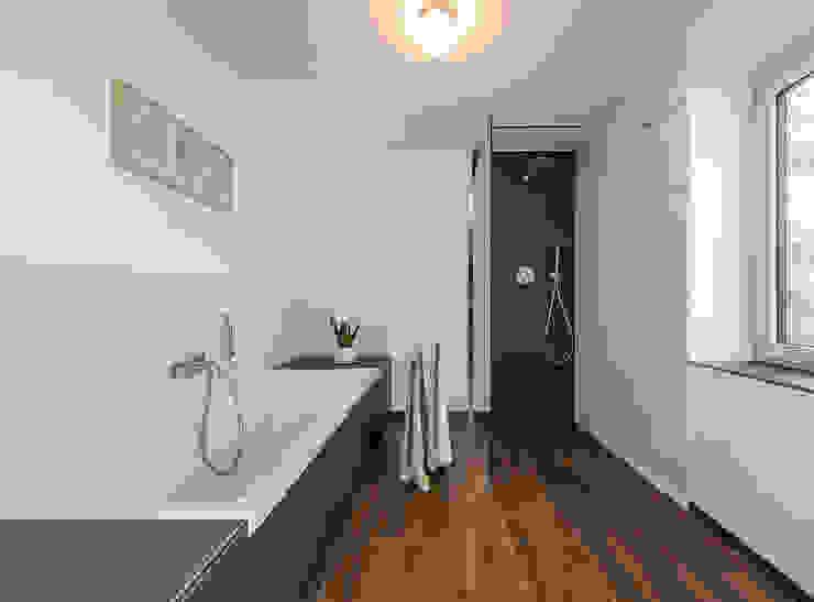 Modern bathroom by KitzlingerHaus GmbH & Co. KG Modern Engineered Wood Transparent