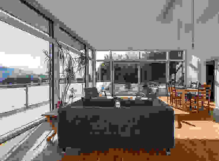 Modern living room by KitzlingerHaus GmbH & Co. KG Modern Engineered Wood Transparent