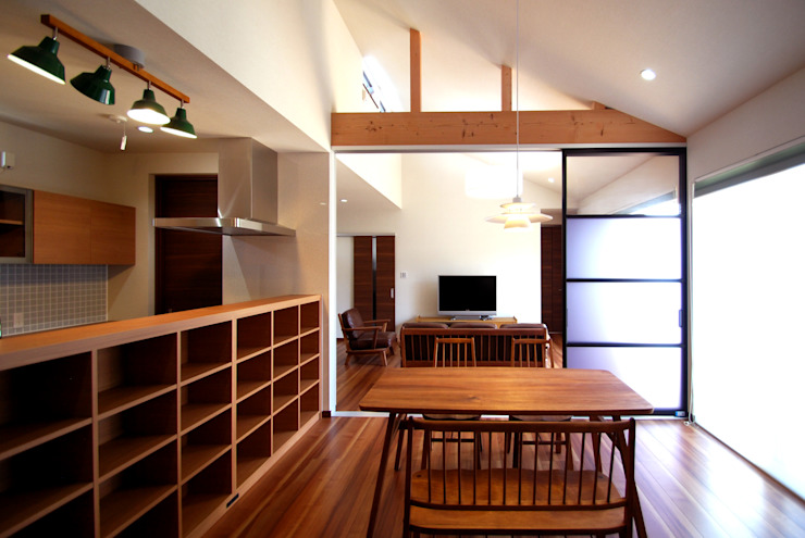 Dining room by Ju Design 建築設計室, Modern Wood Wood effect