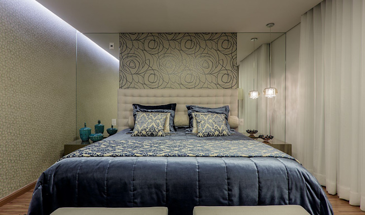 Bedroom by JANAINA NAVES - Design & Arquitetura,
