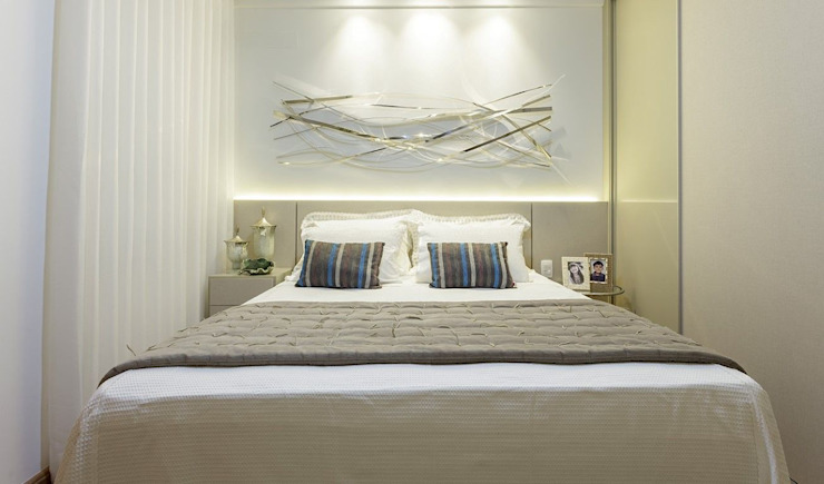 JANAINA NAVES - Design & Arquitetura Eclectic style bedroom MDF Grey