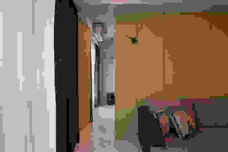 Cửa sổ & cửa ra vào phong cách hiện đại bởi 趙玲室內設計 Hiện đại